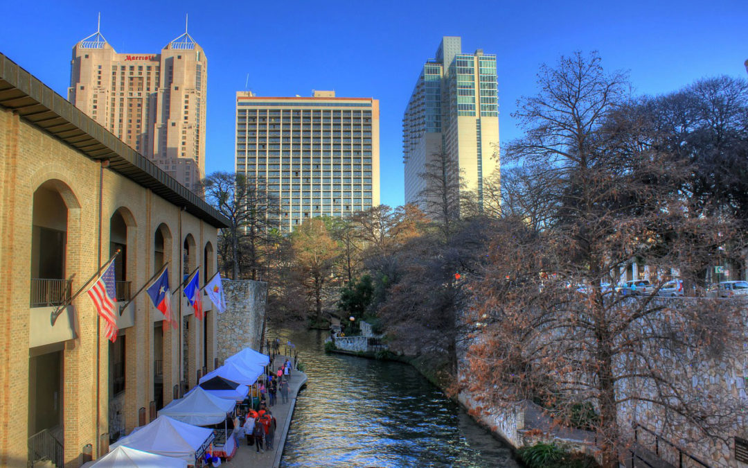 Which Restaurant & Meal Delivery Services are Available in San Antonio, TX?